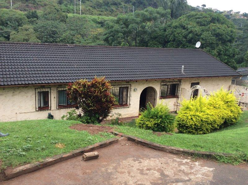 Property For Sale in Queensburgh, Queensburgh 1