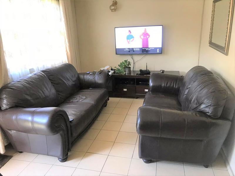 Property For Sale in Umlazi Z, Umlazi 5
