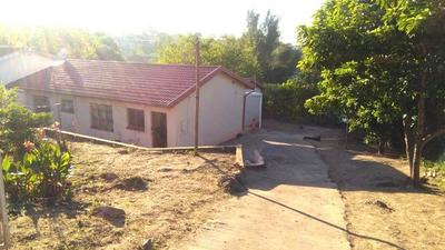Property For Sale in Kwandengezi, Kwandengezi