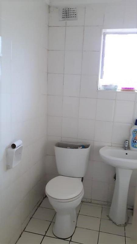 Property For Sale in Kwandengezi, Kwandengezi 9
