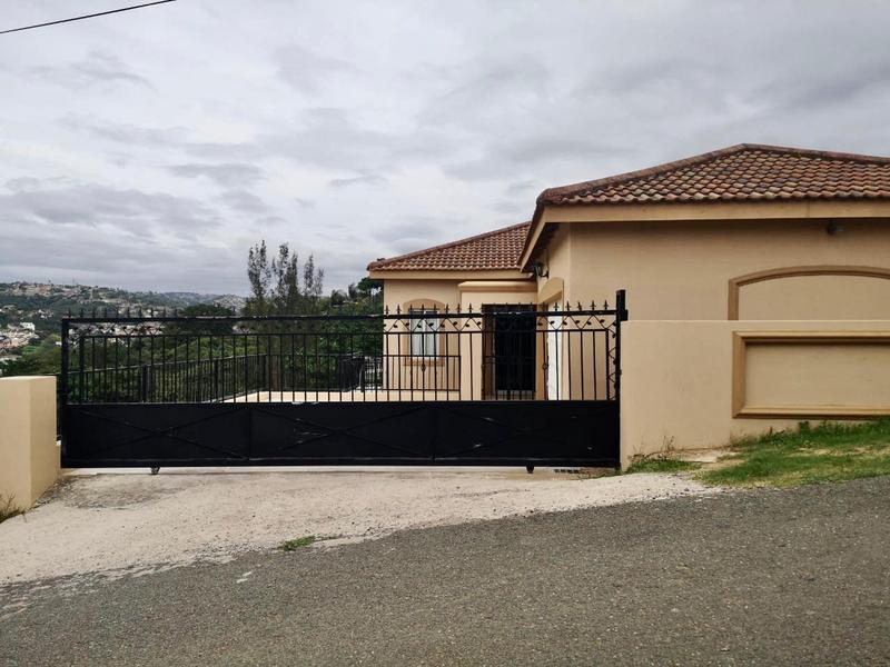 Property For Sale in Newlands West, Newlands 1