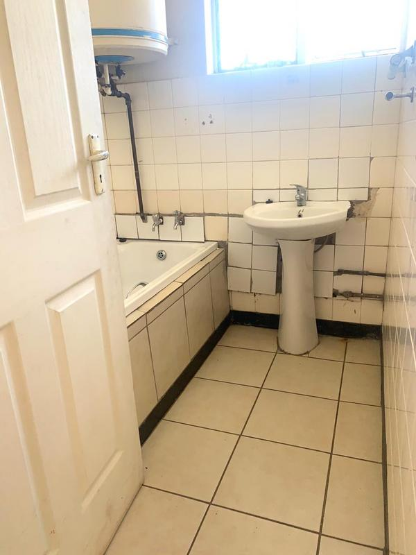 Property For Rent in Sea View, Durban 6