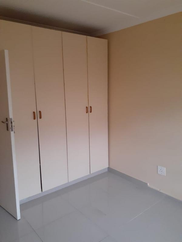 Property For Rent in Umlazi J, Umlazi 4