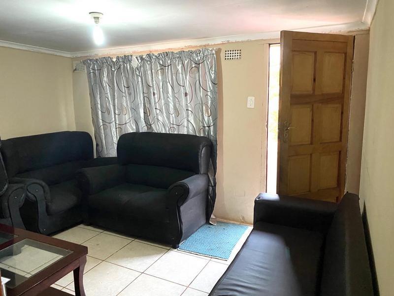 Property For Sale in Umlazi F, Umlazi 6