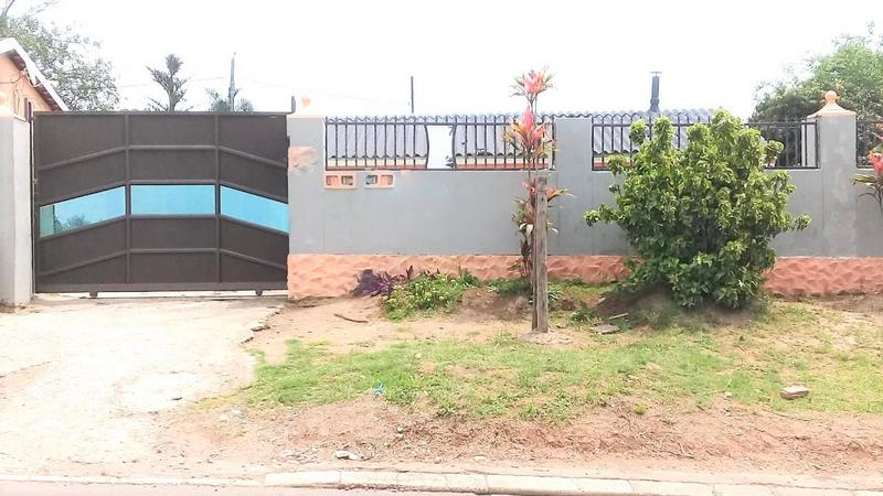 Property For Sale in Ntuzuma E, Ntuzuma 2