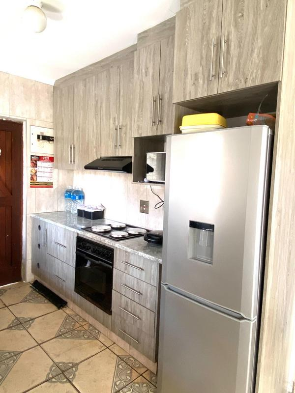 Property For Sale in Umlazi N, Umlazi 5