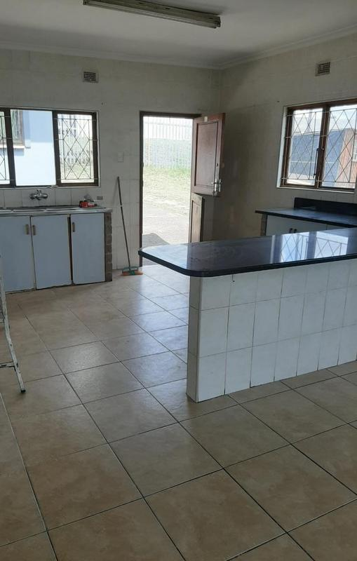 Property For Sale in Newlands East, Newlands 12
