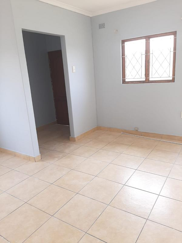 Property For Sale in Newlands East, Newlands 15