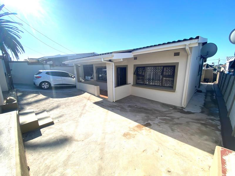 Property For Sale in Kwa-Mashu D, Kwa-Mashu 11
