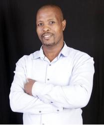 Wiseman Shelembe, estate agent
