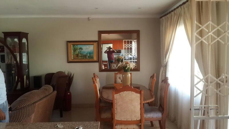 Property For Sale in Kloof, Kloof 6
