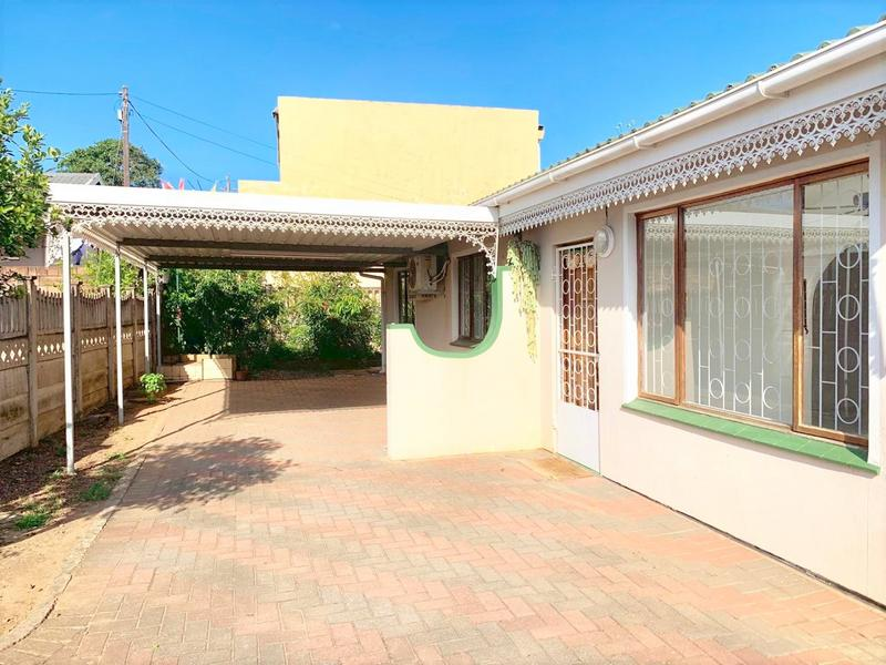 Property For Sale in Newlands West, Newlands 6