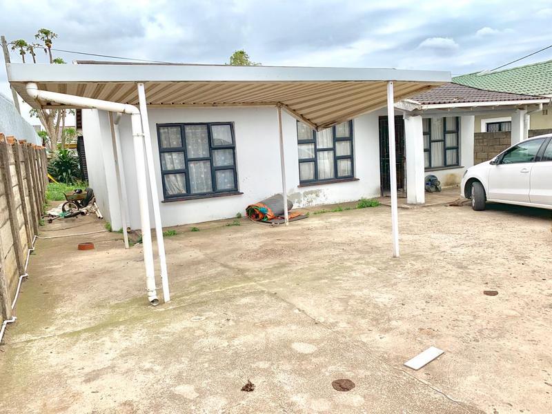 Property For Sale in Kwa-Mashu D, Kwa-Mashu 2
