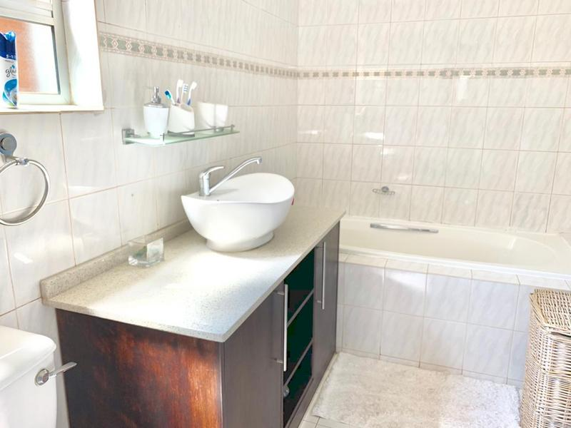 Property For Sale in Glen Anil, Durban 11