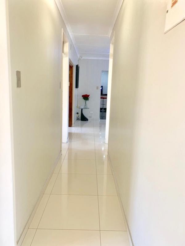 Property For Sale in Glen Anil, Durban 18
