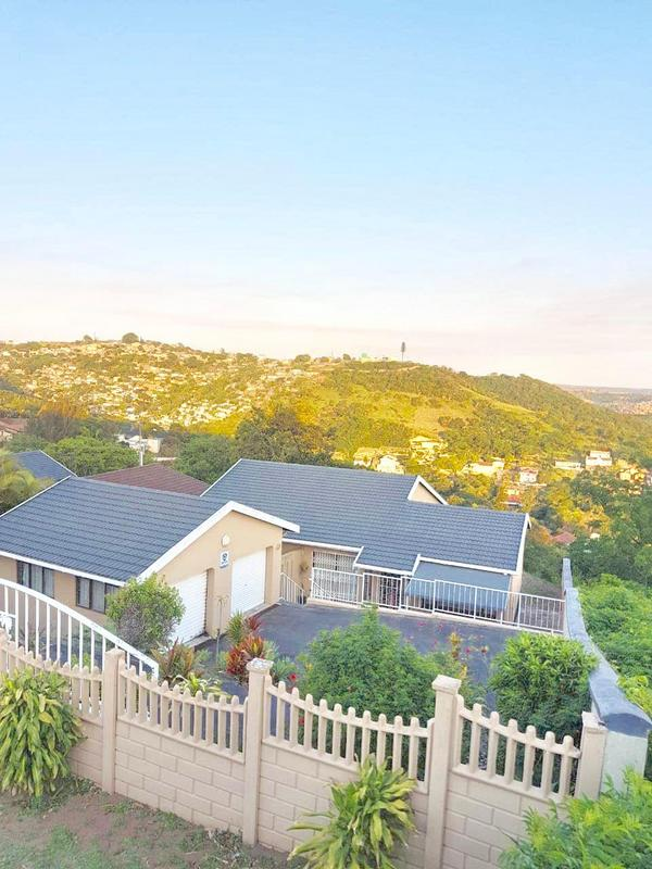 Property For Sale in Chatsworth, Chatsworth 2