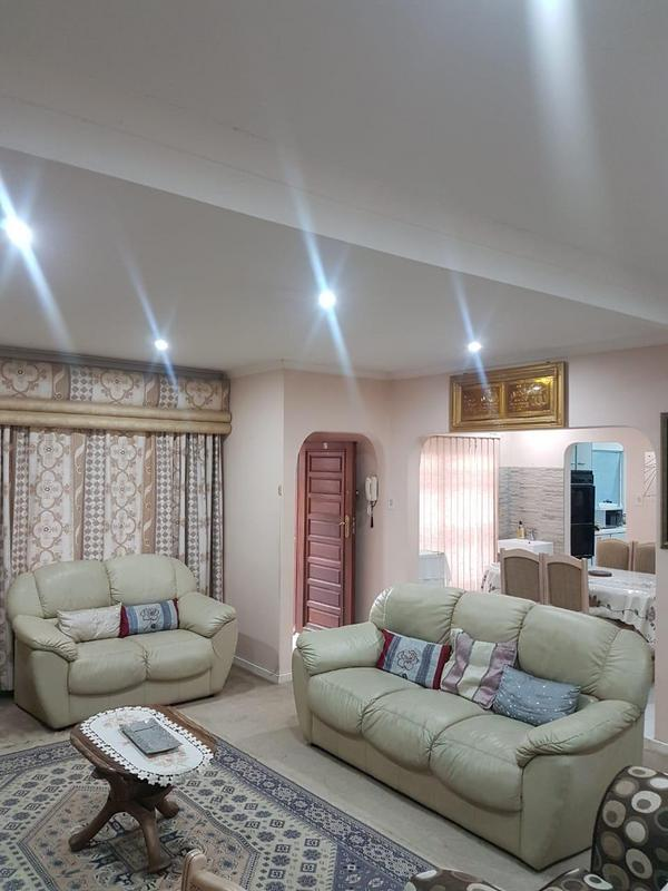 Property For Sale in Chatsworth, Chatsworth 6