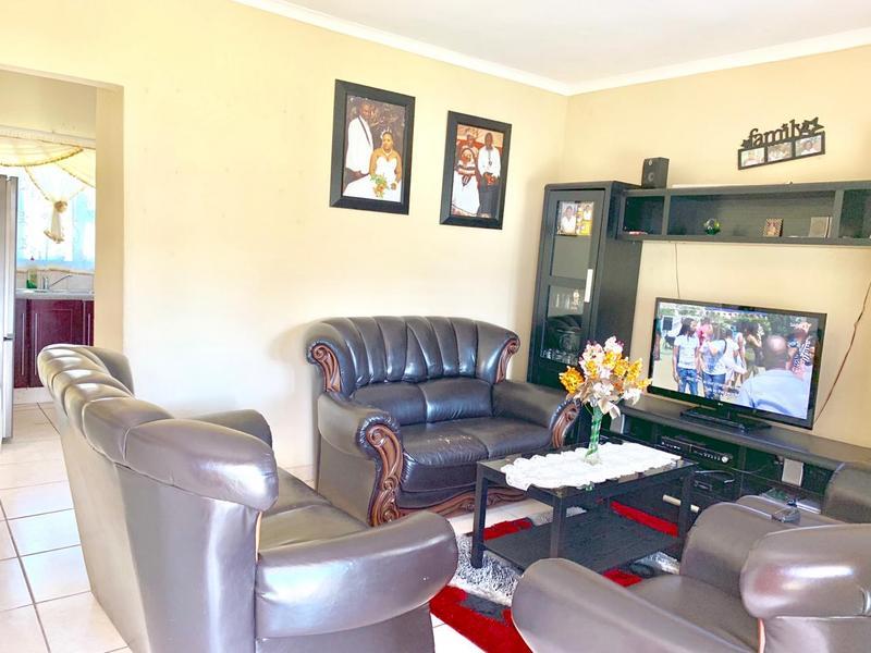 Property For Sale in Umlazi Bb, Umlazi 6