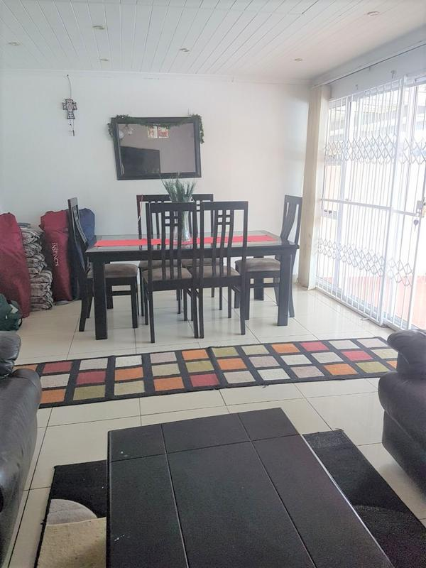 Property For Sale in Newlands East, Newlands 6