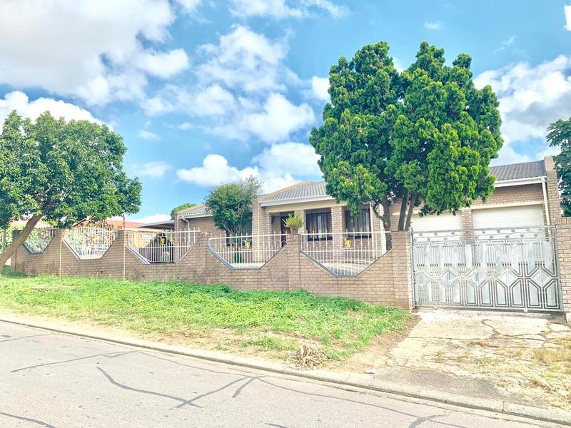 Property For Sale in Ntuzuma E, Ntuzuma 2