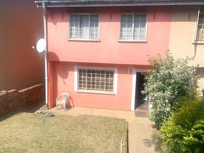 House For Sale in Newlands East, Newlands