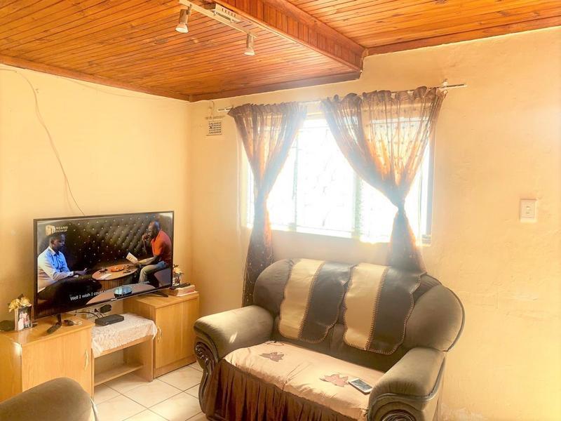 Property For Sale in Umlazi Y, Umlazi 3
