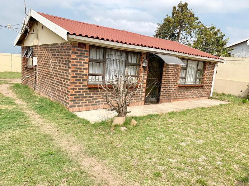 Property For Sale in Ntuzuma E, Ntuzuma 9