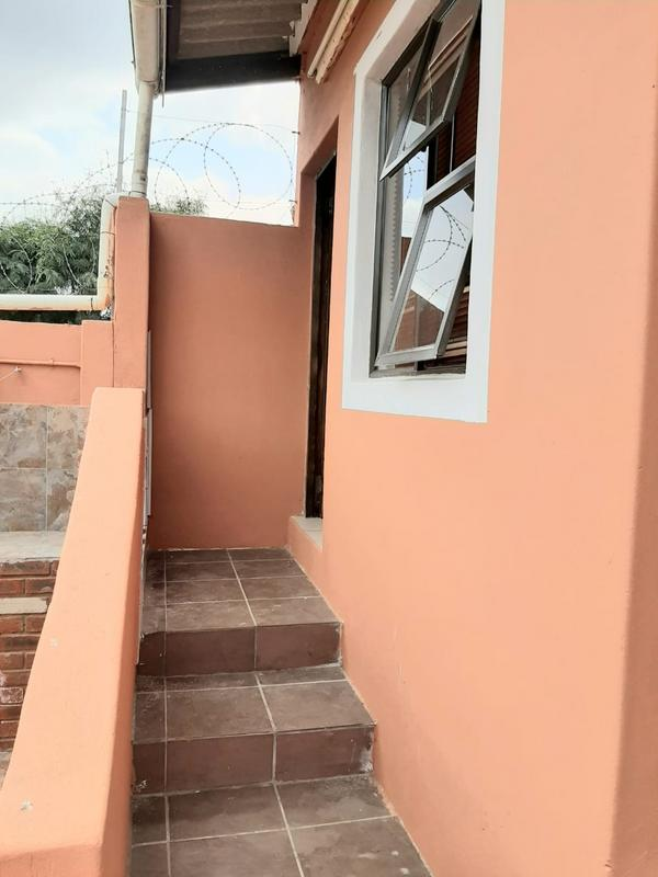 Property For Sale in Newlands East, Newlands 18