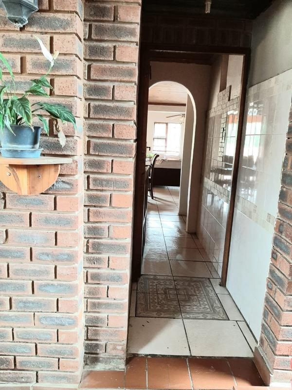 Property For Sale in Newlands East, Newlands 23