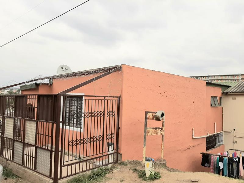 Property For Sale in Newlands East, Newlands 24