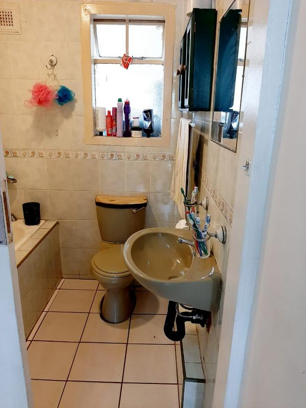 Property For Sale in Newlands East, Newlands 9