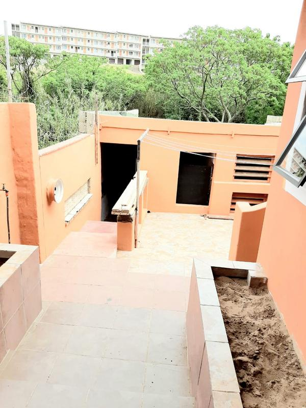 Property For Sale in Newlands East, Newlands 26