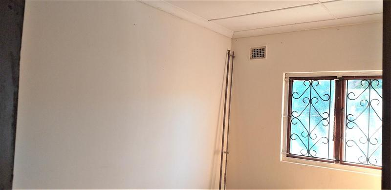 Property For Sale in Savanna Park, Pinetown 2