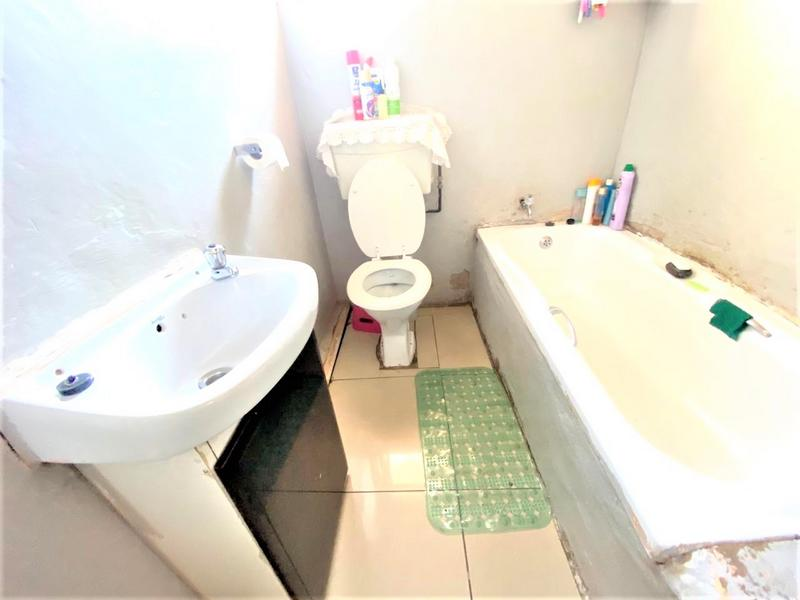 Property For Sale in Chesterville, Durban 8