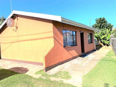 House For Sale in Umlazi R, Umlazi