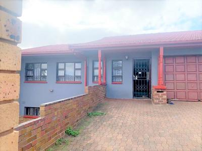 House For Sale in Glenmore, Durban