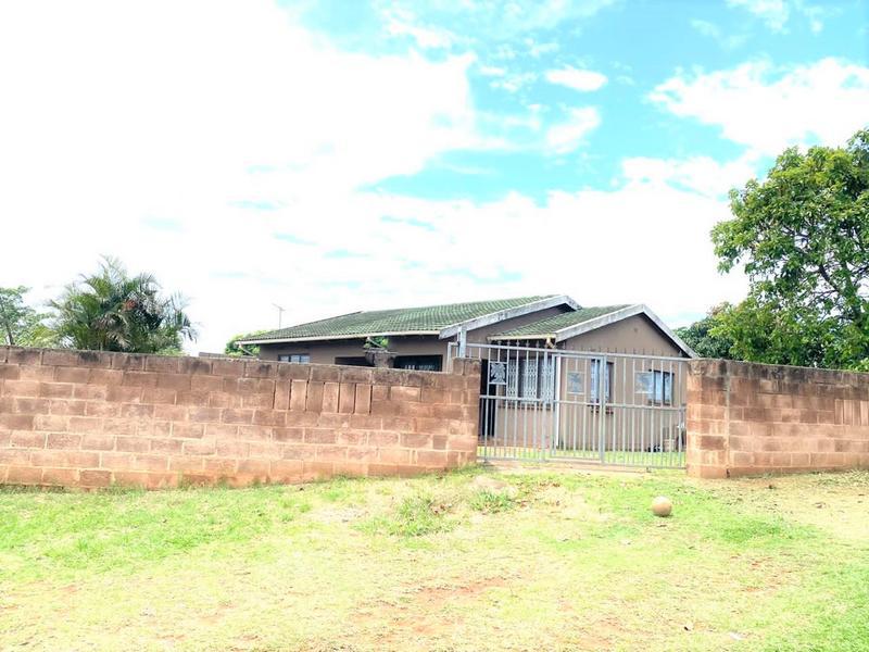 Property For Sale in Kwa-Mashu K, Kwa-Mashu 2