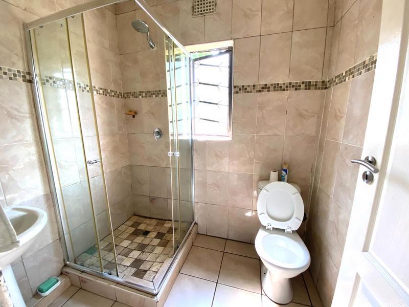 Property For Sale in Umlazi N, Umlazi 7