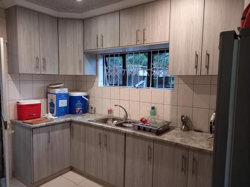 Property For Sale in Hillary, Durban 2