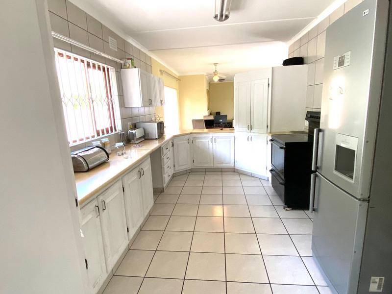 Property For Sale in Pinetown, Pinetown 3