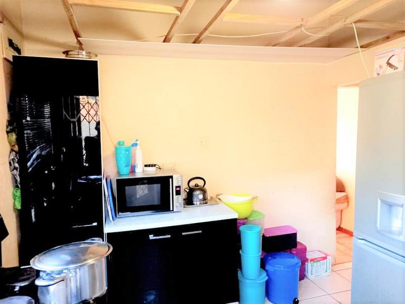 Property For Sale in Umlazi M, Umlazi 8