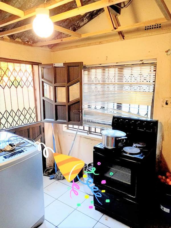 Property For Sale in Umlazi M, Umlazi 11