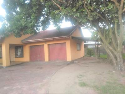 House For Sale in Richards Bay Central, Richards Bay