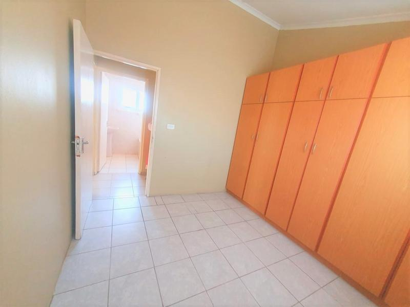 Property For Rent in Newlands West, Newlands 2