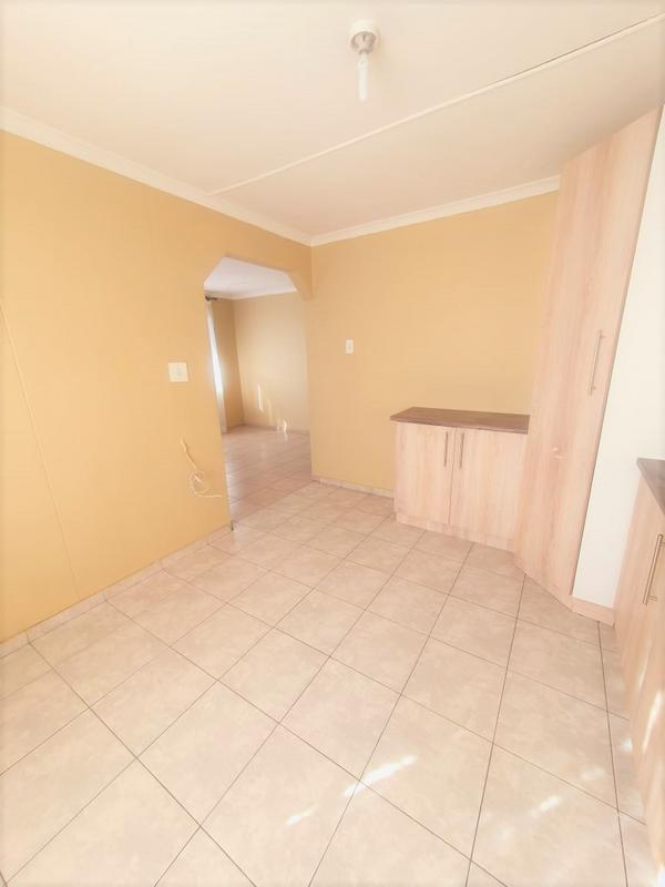 Property For Rent in Newlands West, Newlands 7