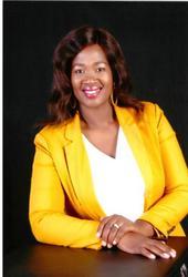 Thandiwe Mtshali, estate agent